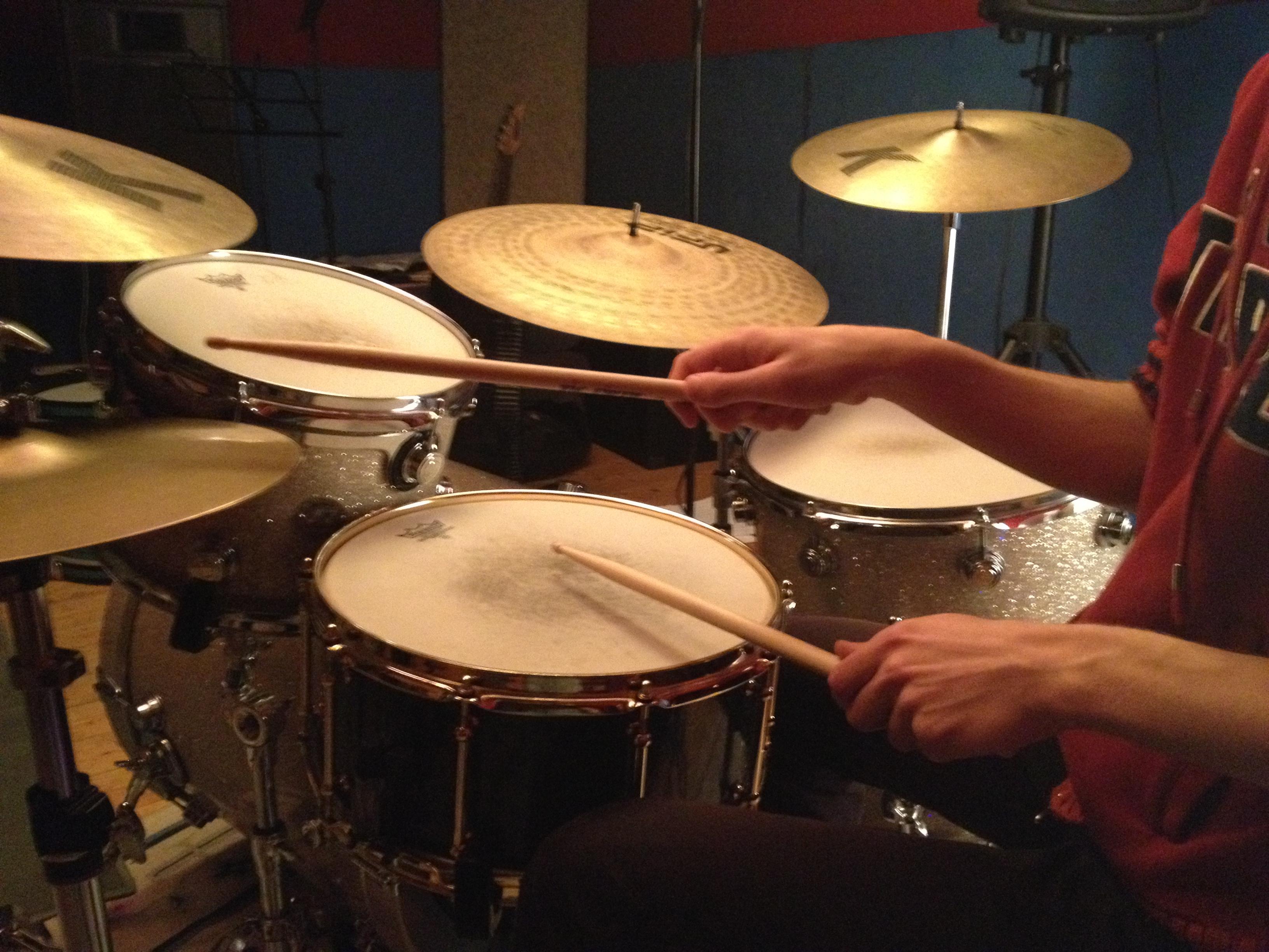 La postura del batterista moderno u2013 articolo tecnico u2013 a cura di